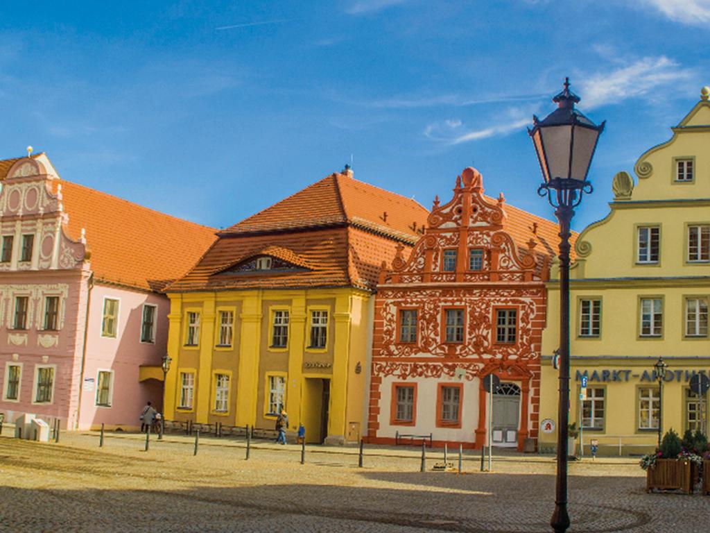 Marktplatz mit Giebelhäusern